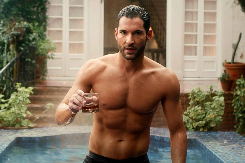 lucifer-tom-ellis-torso